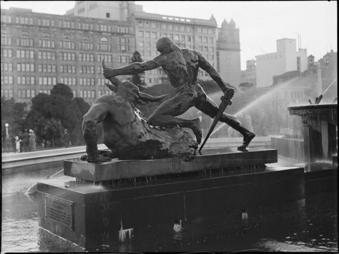 Photograph by Tom Lennon showing part of the Archibald Fountain in Hyde Park, Sydney